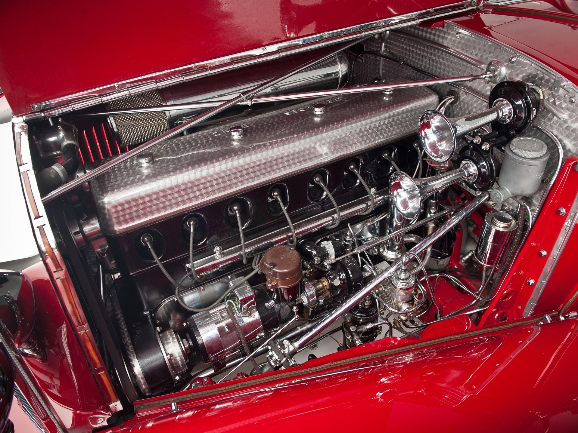 1935 Mercedes-Benz 500k engine driver side