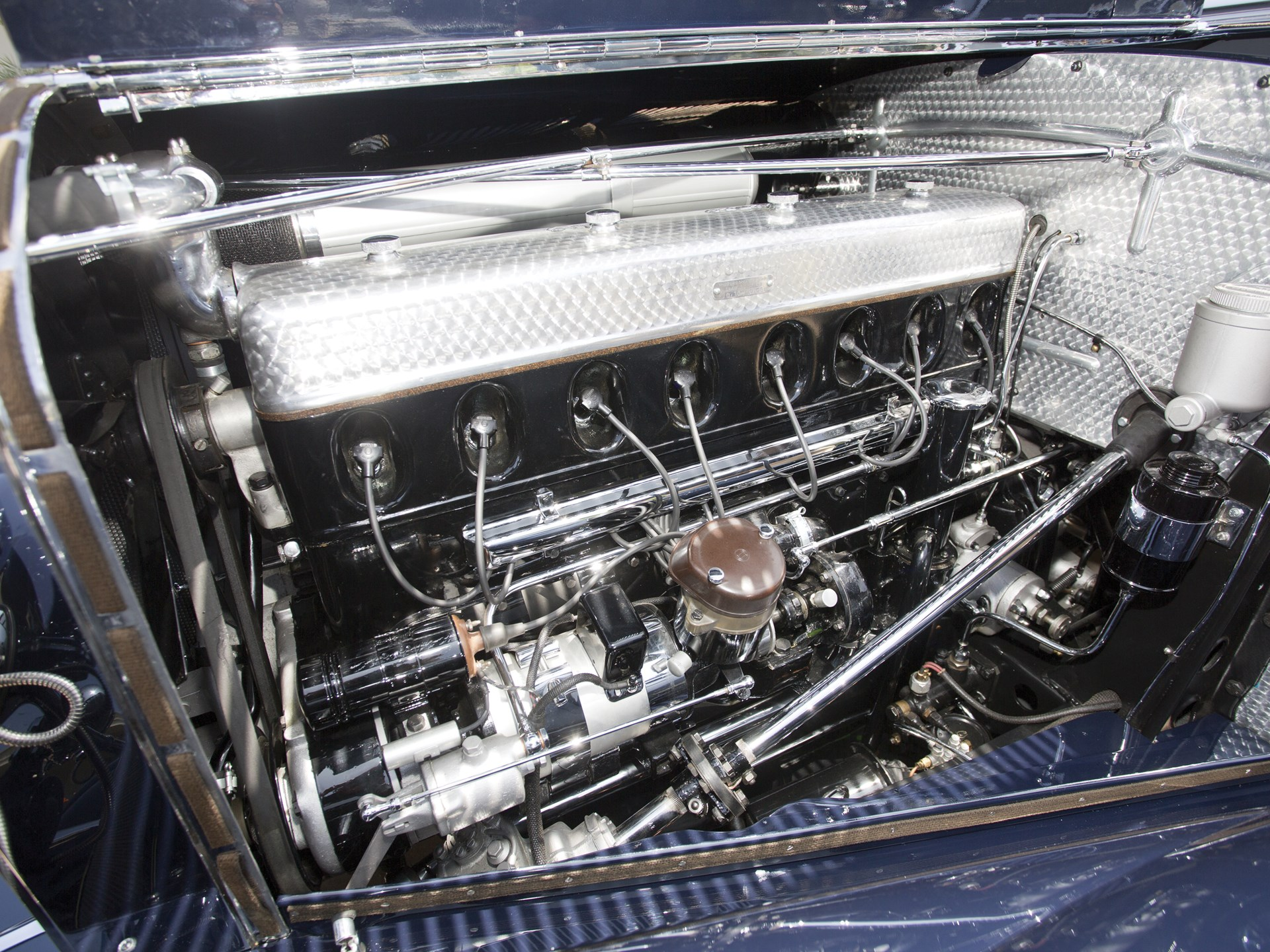 1939 Mercedes-Benz 540k engine