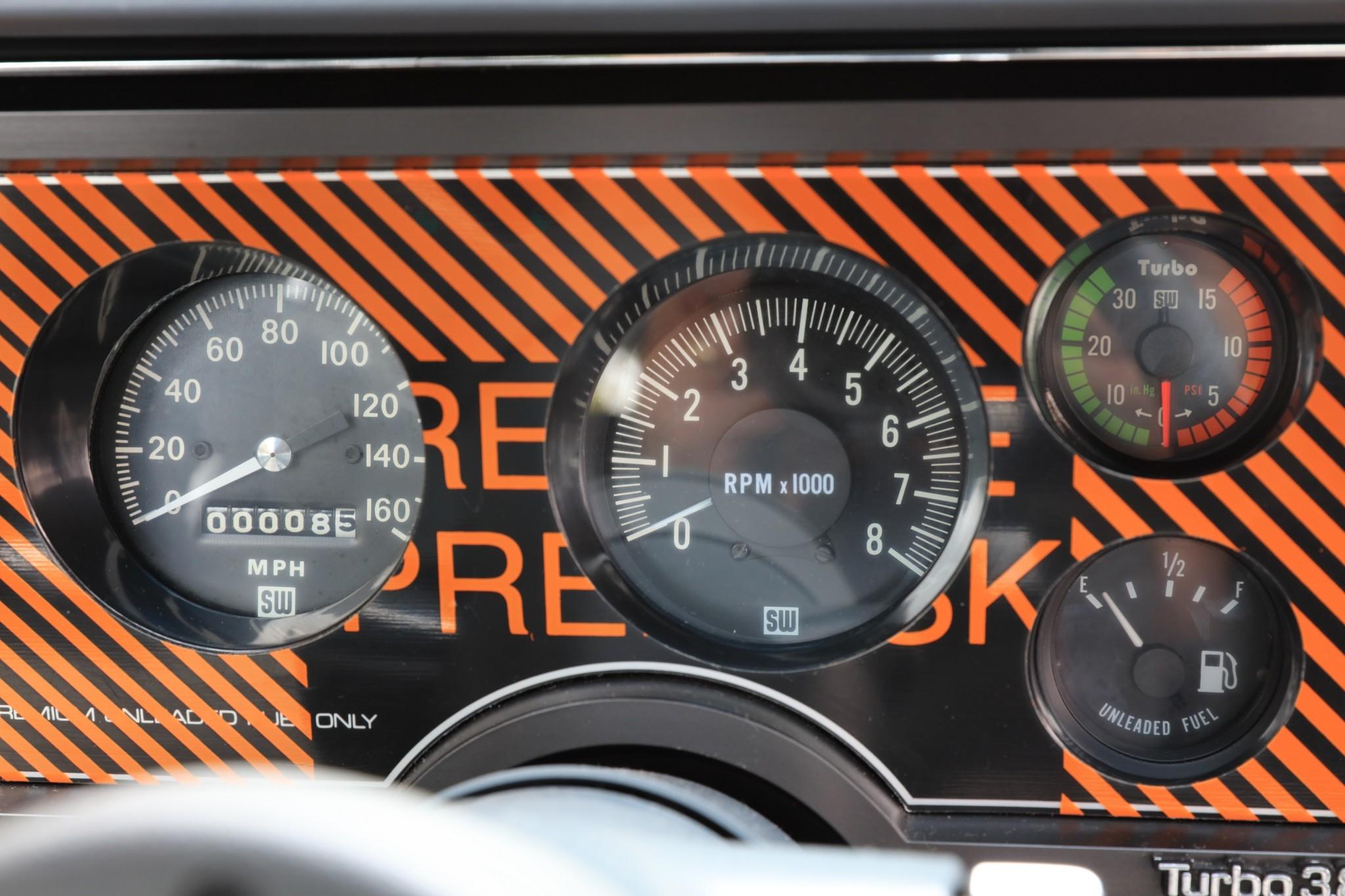 1987 Buick GNX gauge cluster