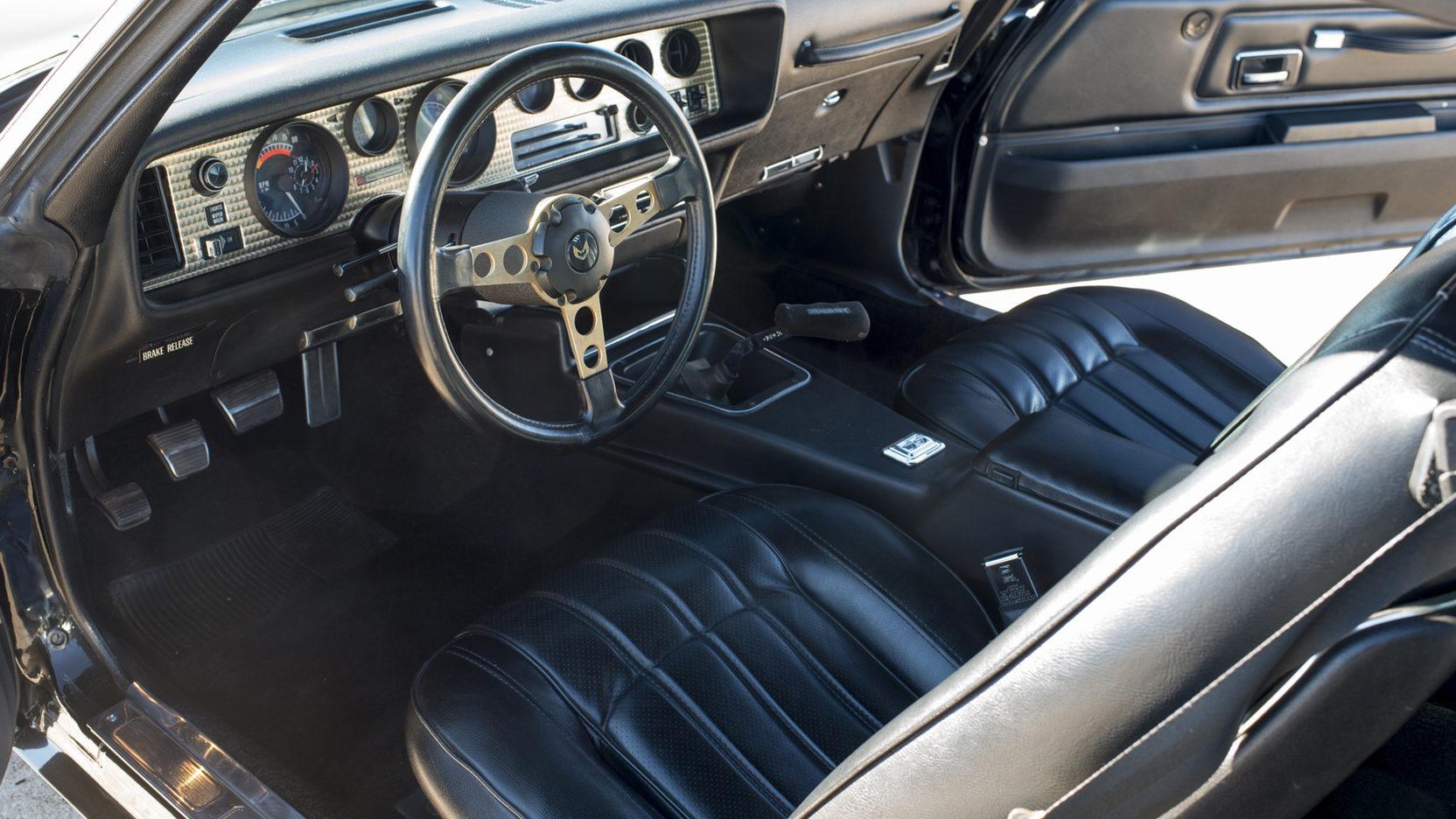 1976 Pontiac Firebird Trans Am interior