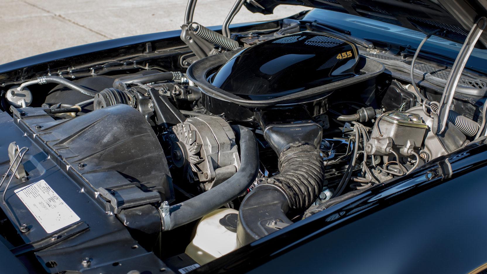 1976 Pontiac Firebird Trans Am 455 engine