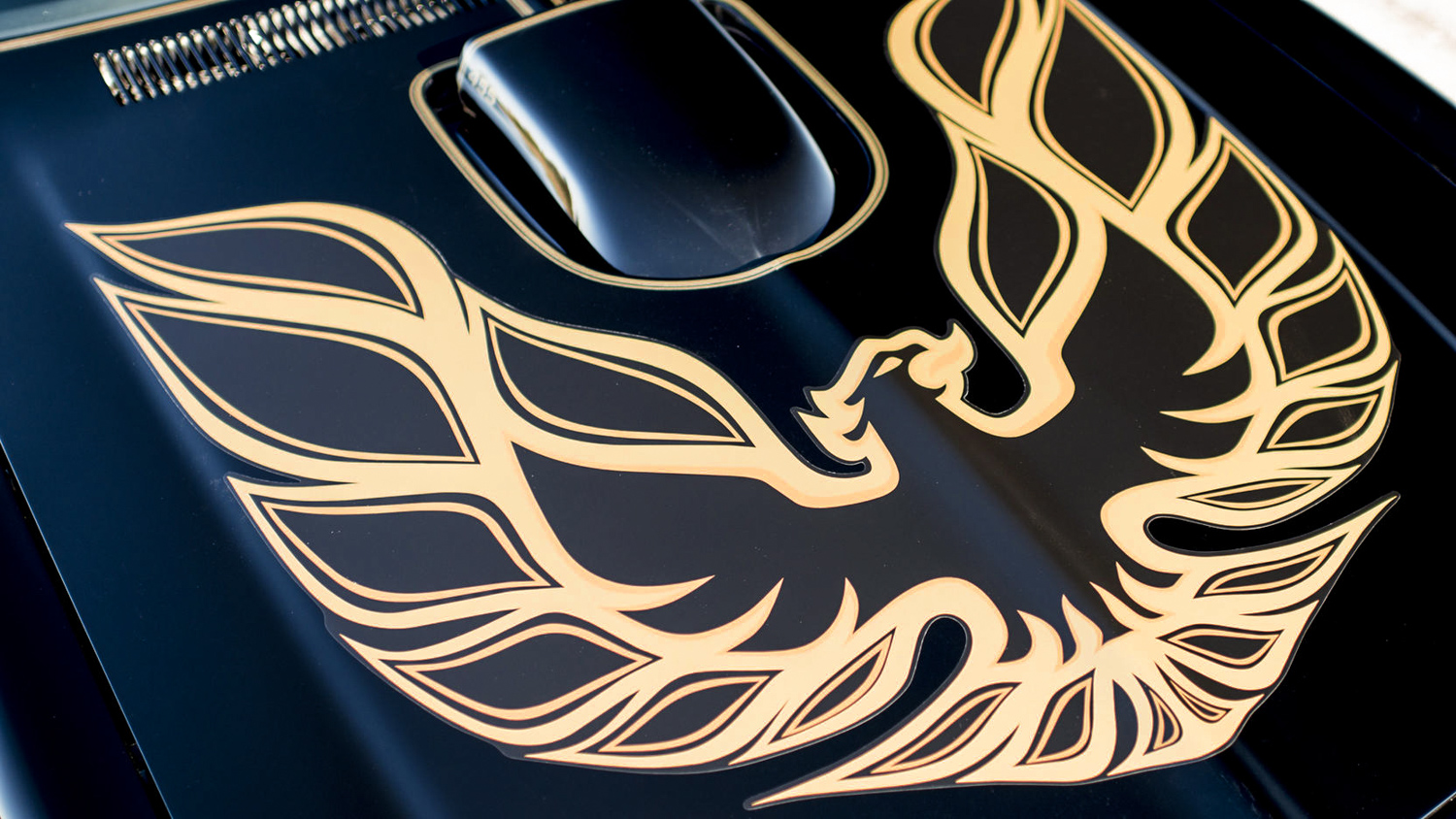 How the Pontiac Trans Am's Screaming Chicken got its wings