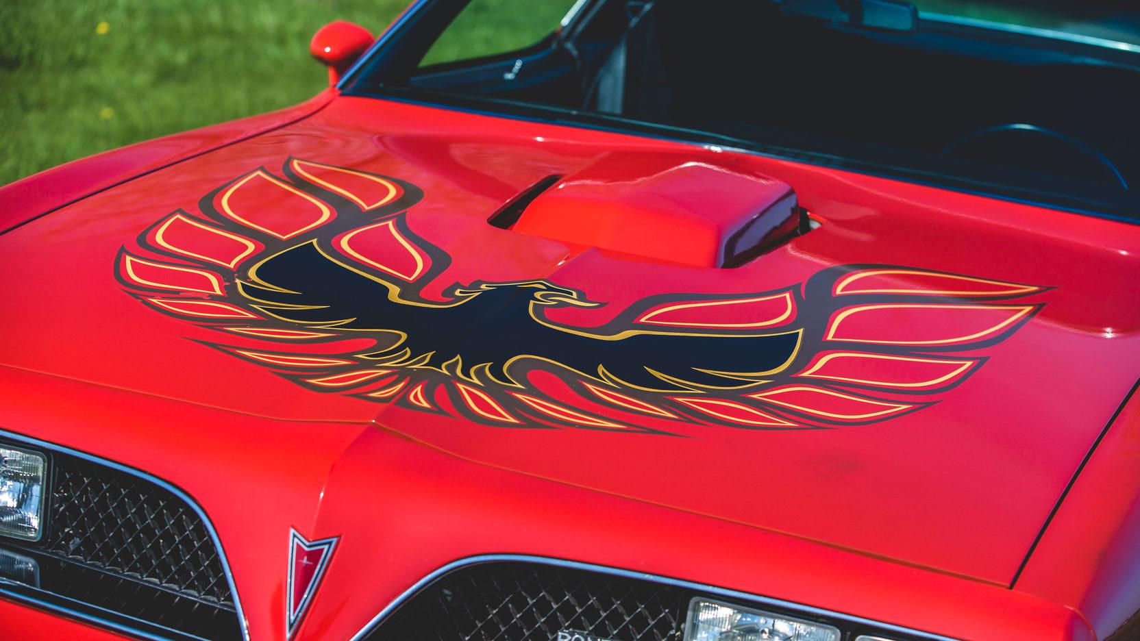 1978 Pontiac Firebird Trans Am screaming chicken hood