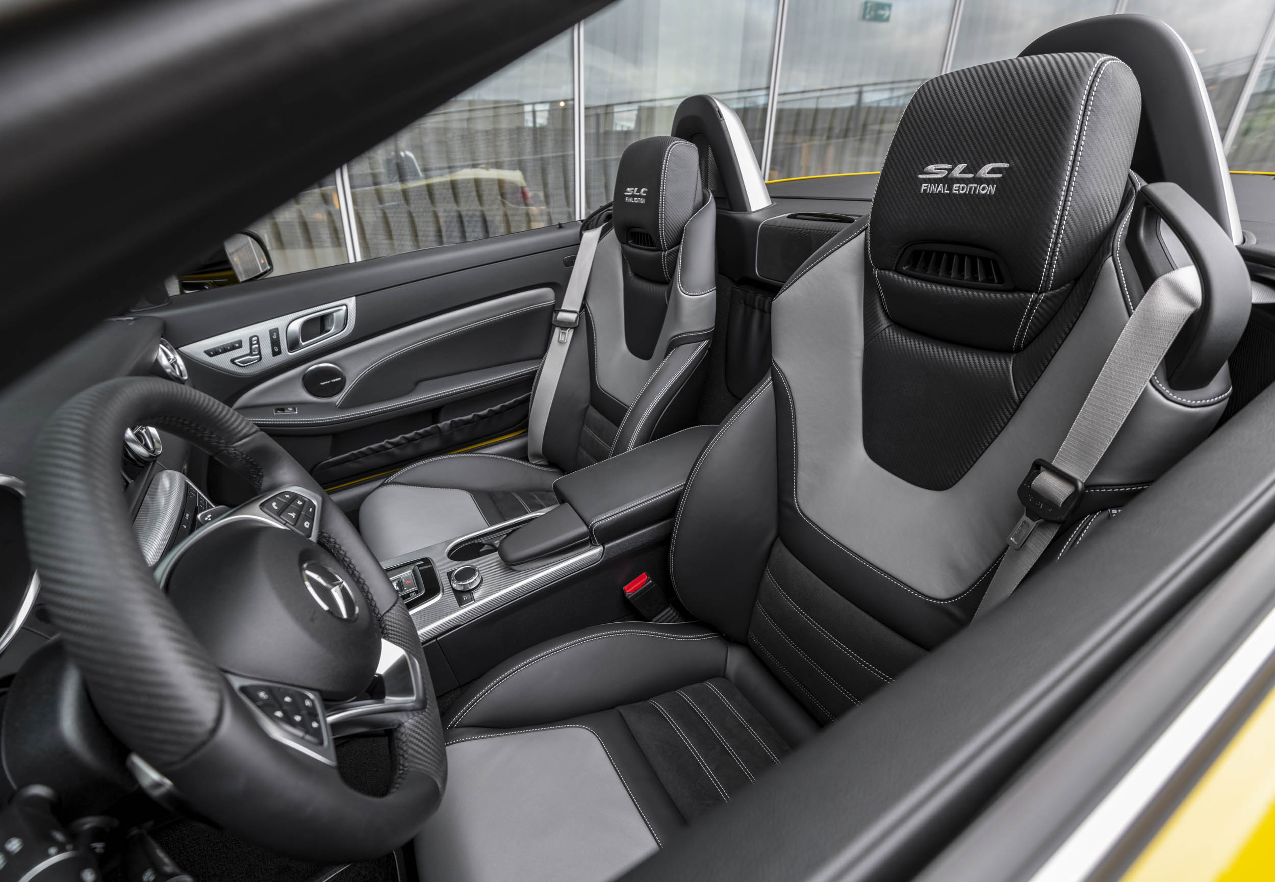 2020 Mercedes-Benz SLC Final Edition interior