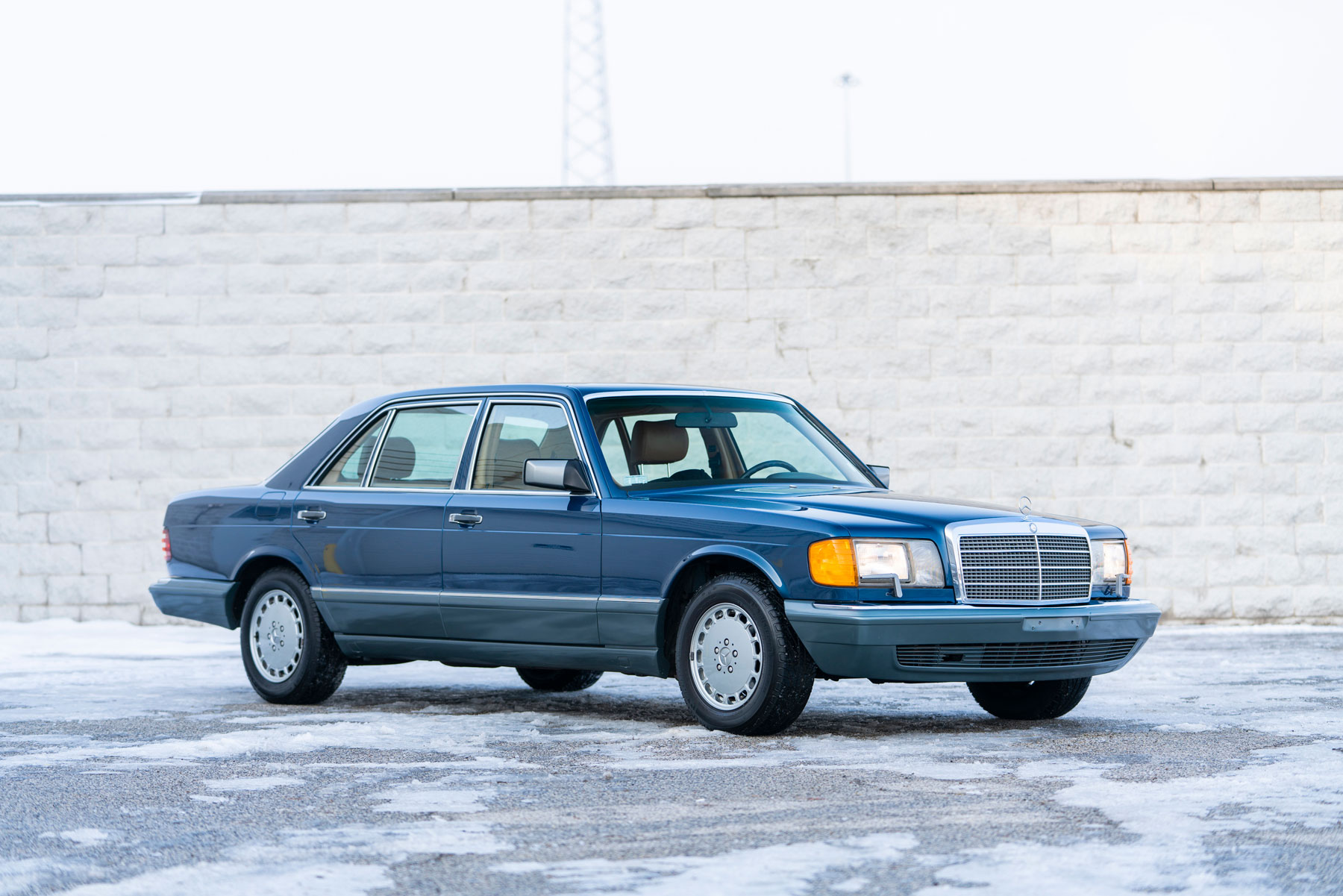 Auction houses prove that '80s and '90s cars are more than a fad thumbnail