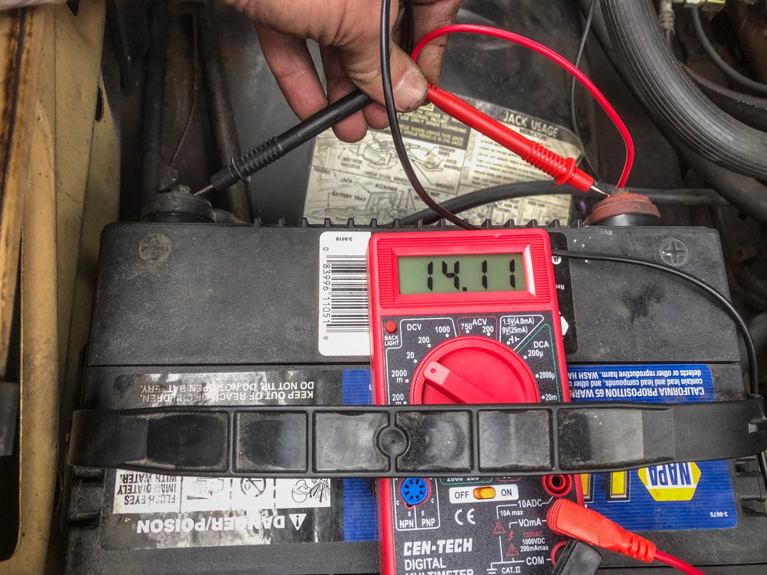 1977 Chevrolet Suburban multimeter battery