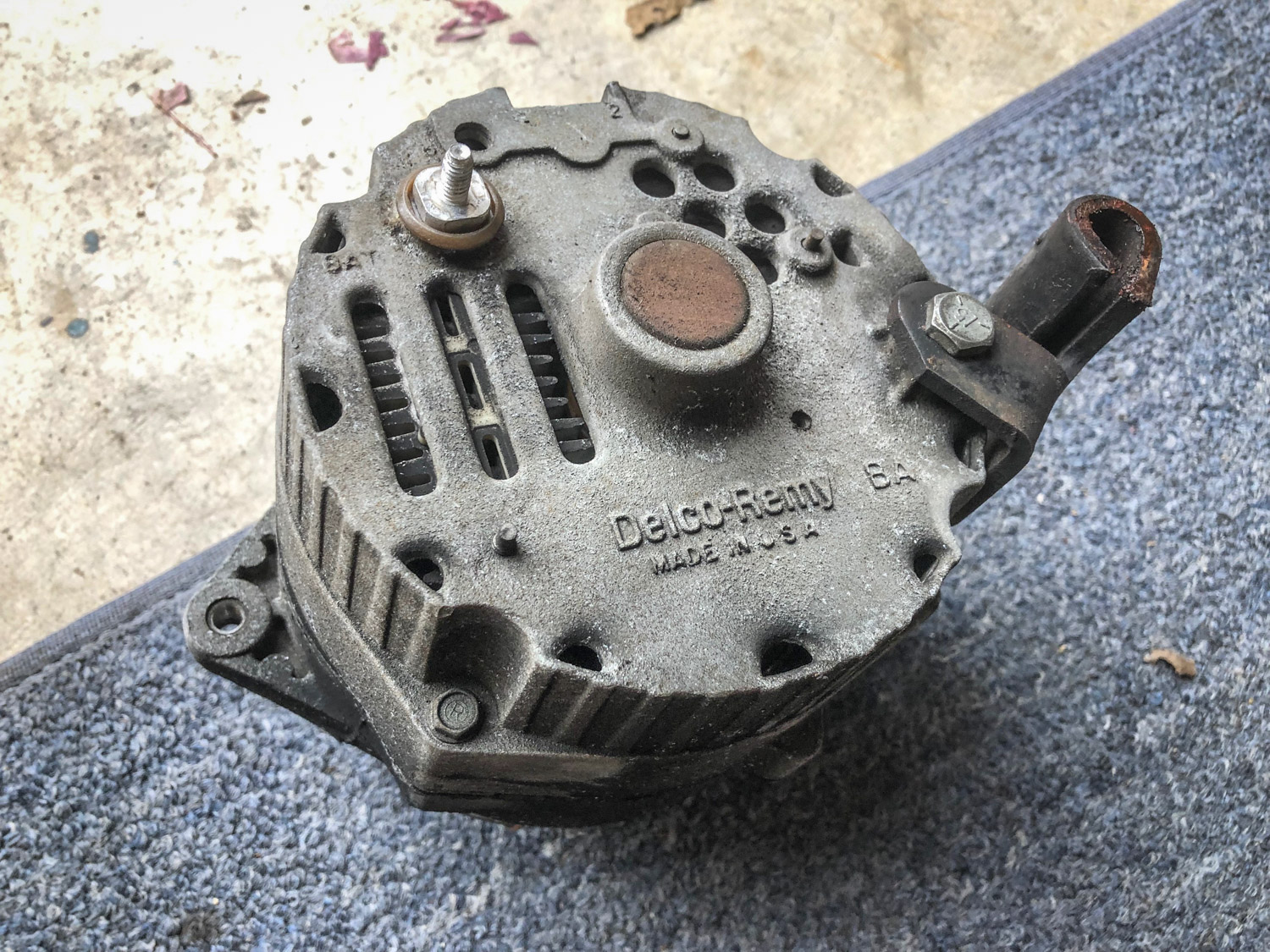 1977 Chevrolet Suburban alternator old