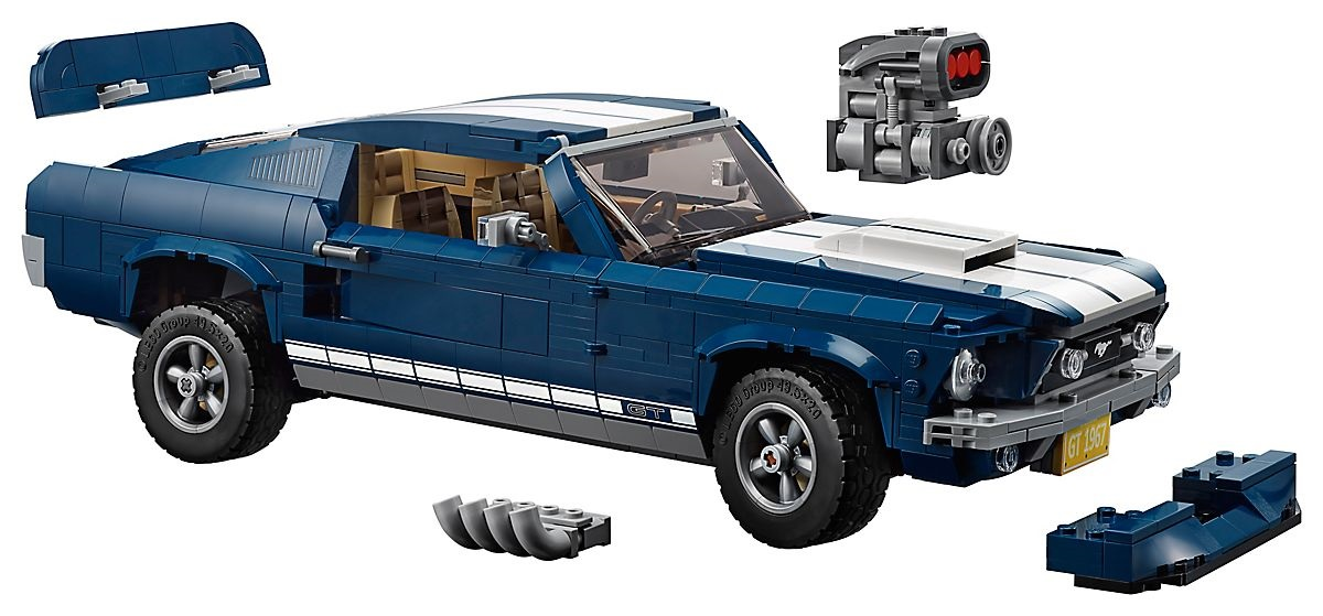 LEGO's 1967 Ford Mustang extras
