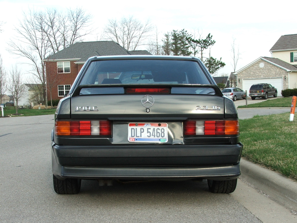 1985 Mercedes-Benz 190E 2.3-16 rear