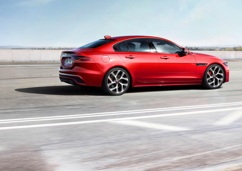 2020 Jaguar XE driving profile