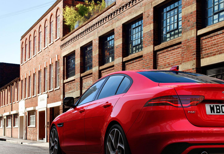 2020 Jaguar XE taillight detail