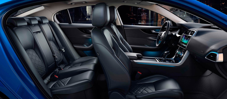 2020 Jaguar XE side interior