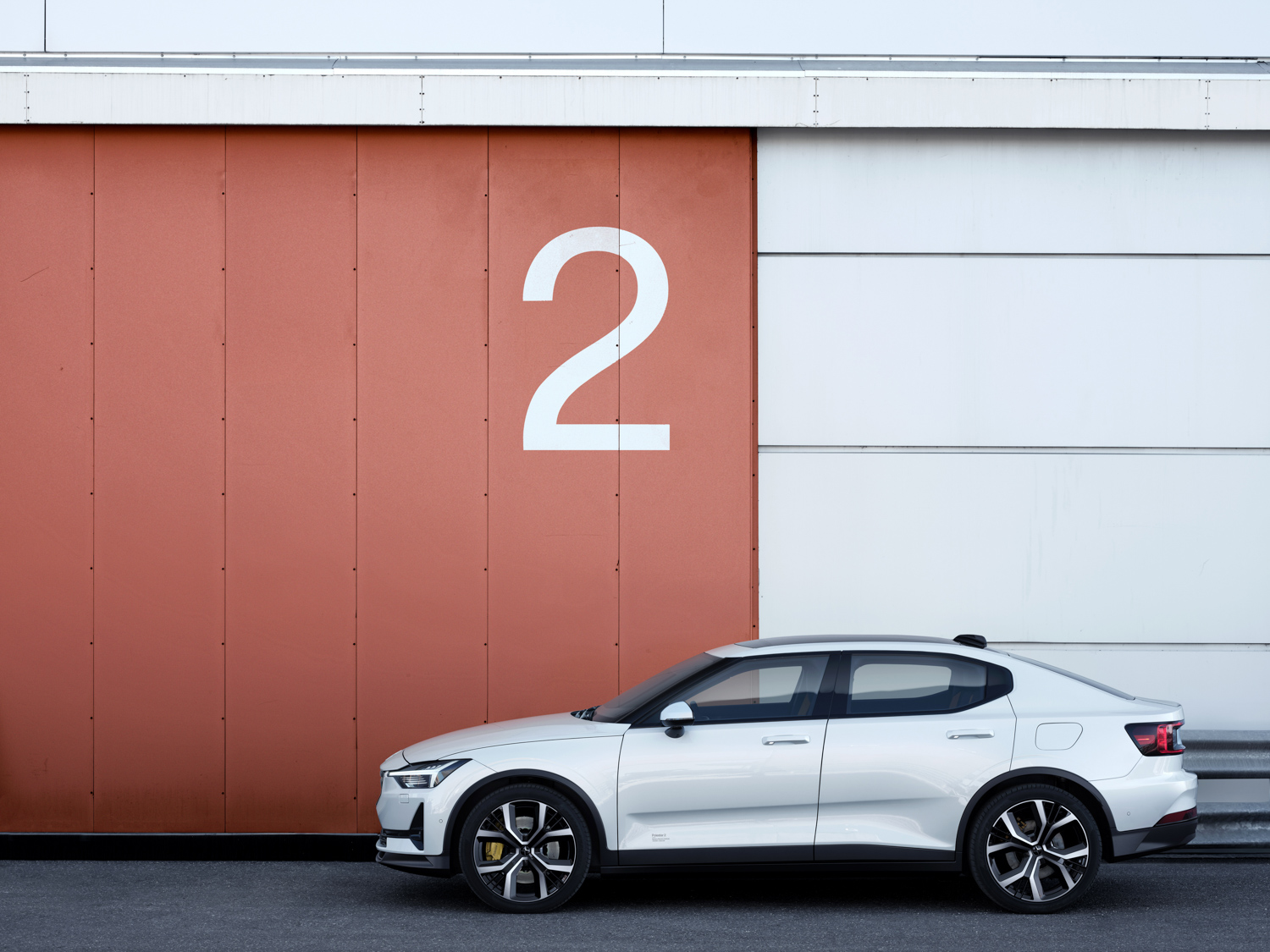 Polestar 2 side profile building
