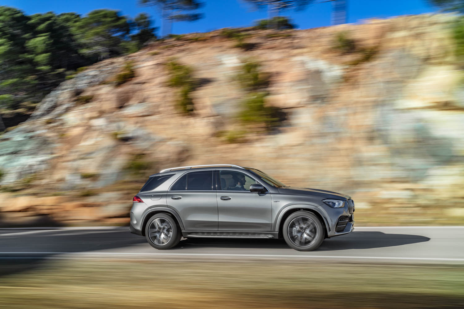 Mercedes-AMG GLE 53 side profile