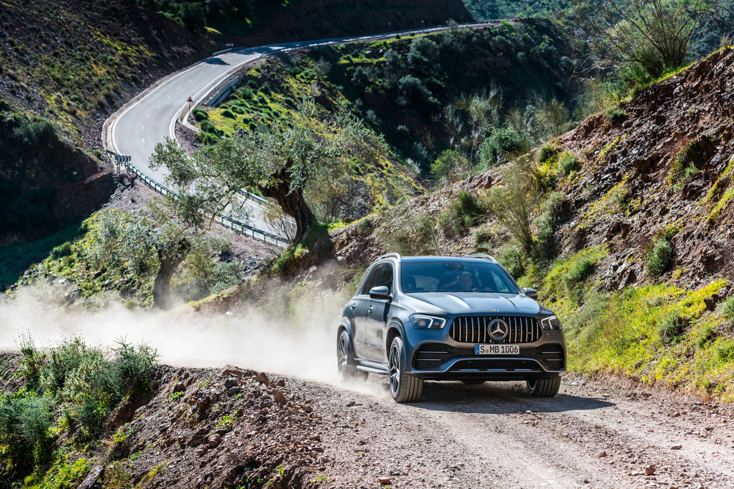 Mercedes-AMG GLE 53 trail driving