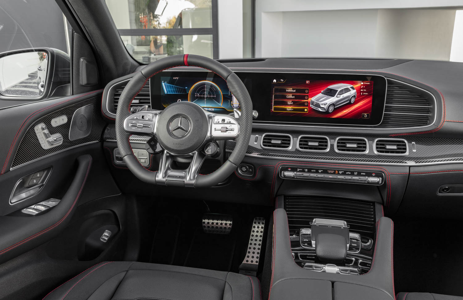 Mercedes-AMG GLE 53 interior