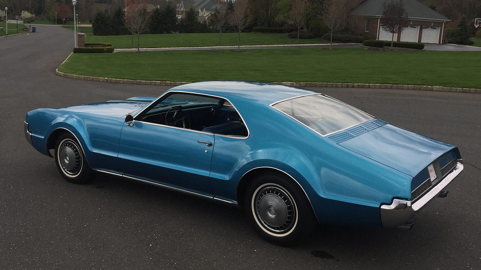 1967 Oldsmobile Toronado rear 3/4