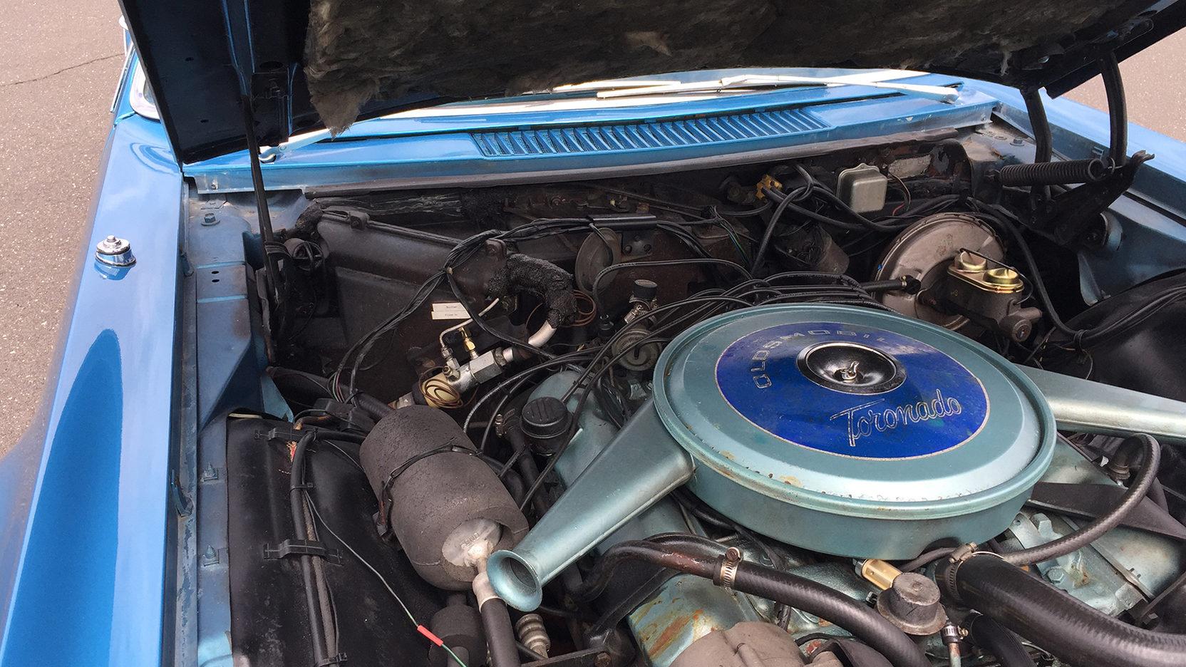 1967 Oldsmobile Toronado engine