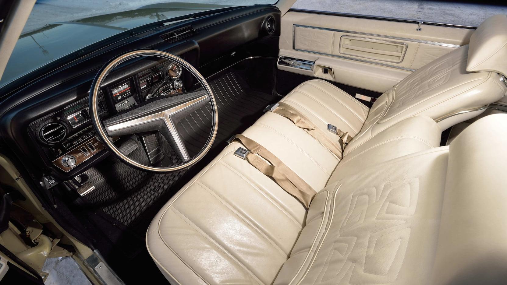 1969 Oldsmobile Toronado interior