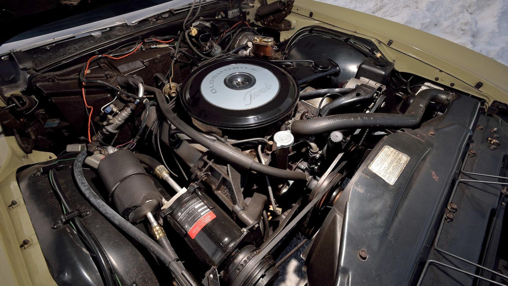 1969 Oldsmobile Toronado engine