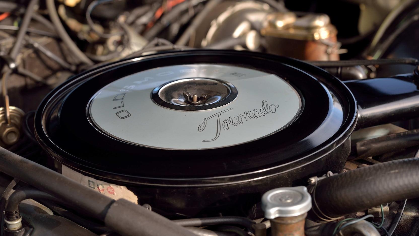 1969 Oldsmobile Toronado engine close up