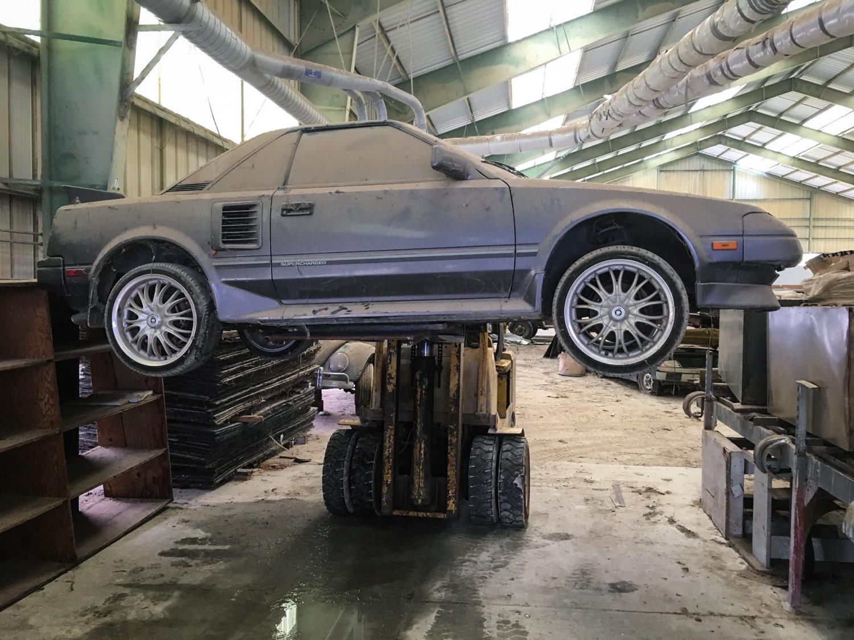 1988 Toyota MR2 forklift
