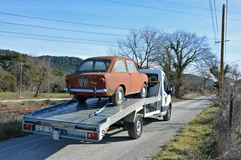 Fiat 850 rear 3/4 on trailer