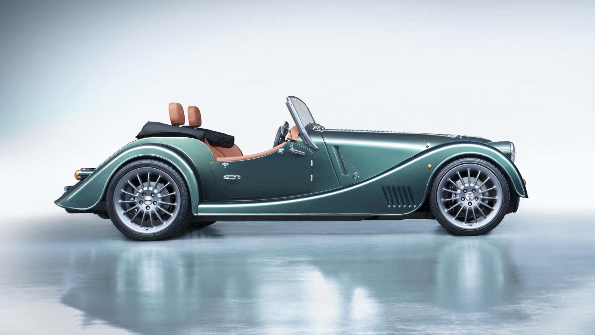 Morgan Plus Six green side profile