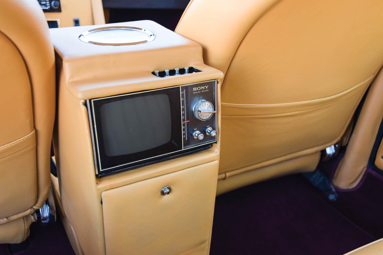 1970 Monteverdi 375/4 Sedan tv screen