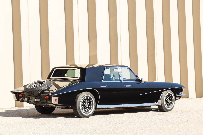 1971 Stutz Duplex Sedan rear 3/4