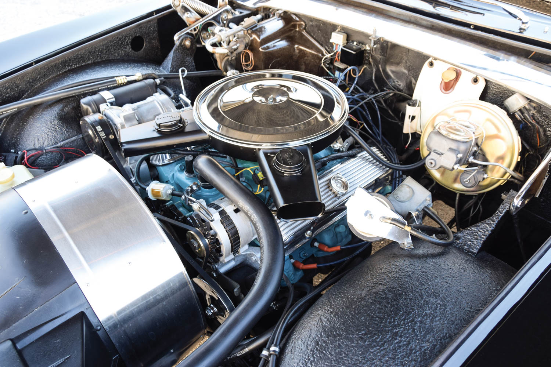 1971 Stutz Duplex Sedan engine