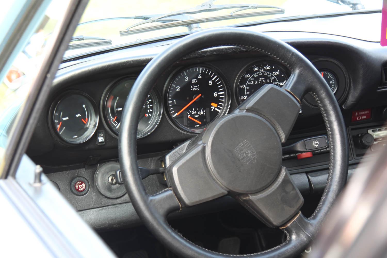 Porsche 930 turbo steering wheel