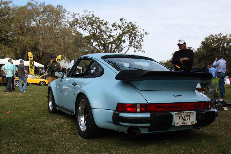 Porsche 930 turbo rear