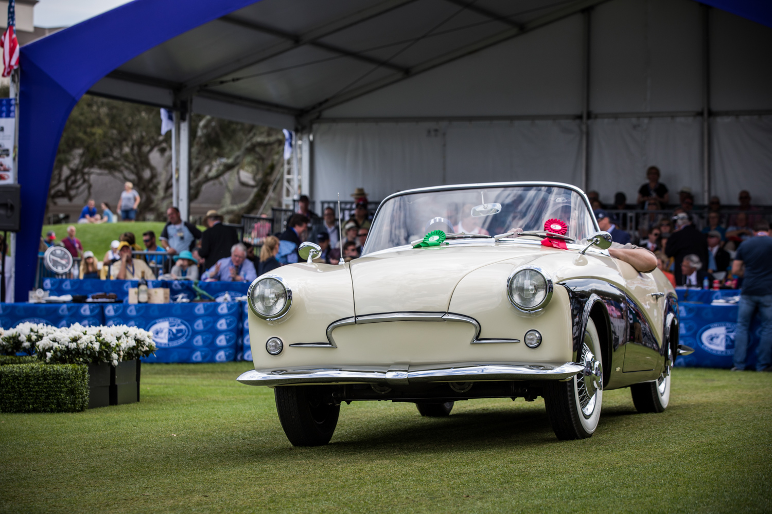 1957 Rometsch Lawrence Convertible receive award