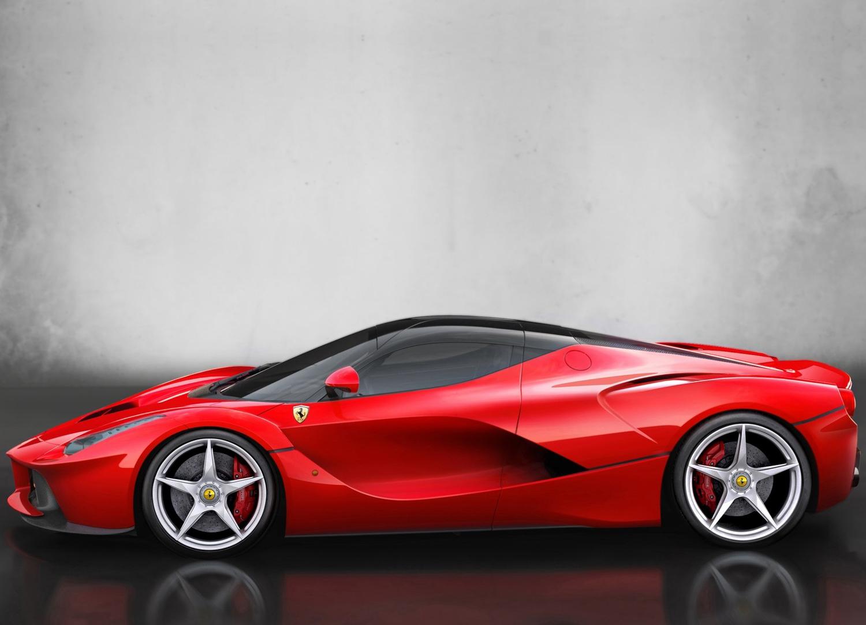 2014 Ferrari LaFerrari 3/4 front on road
