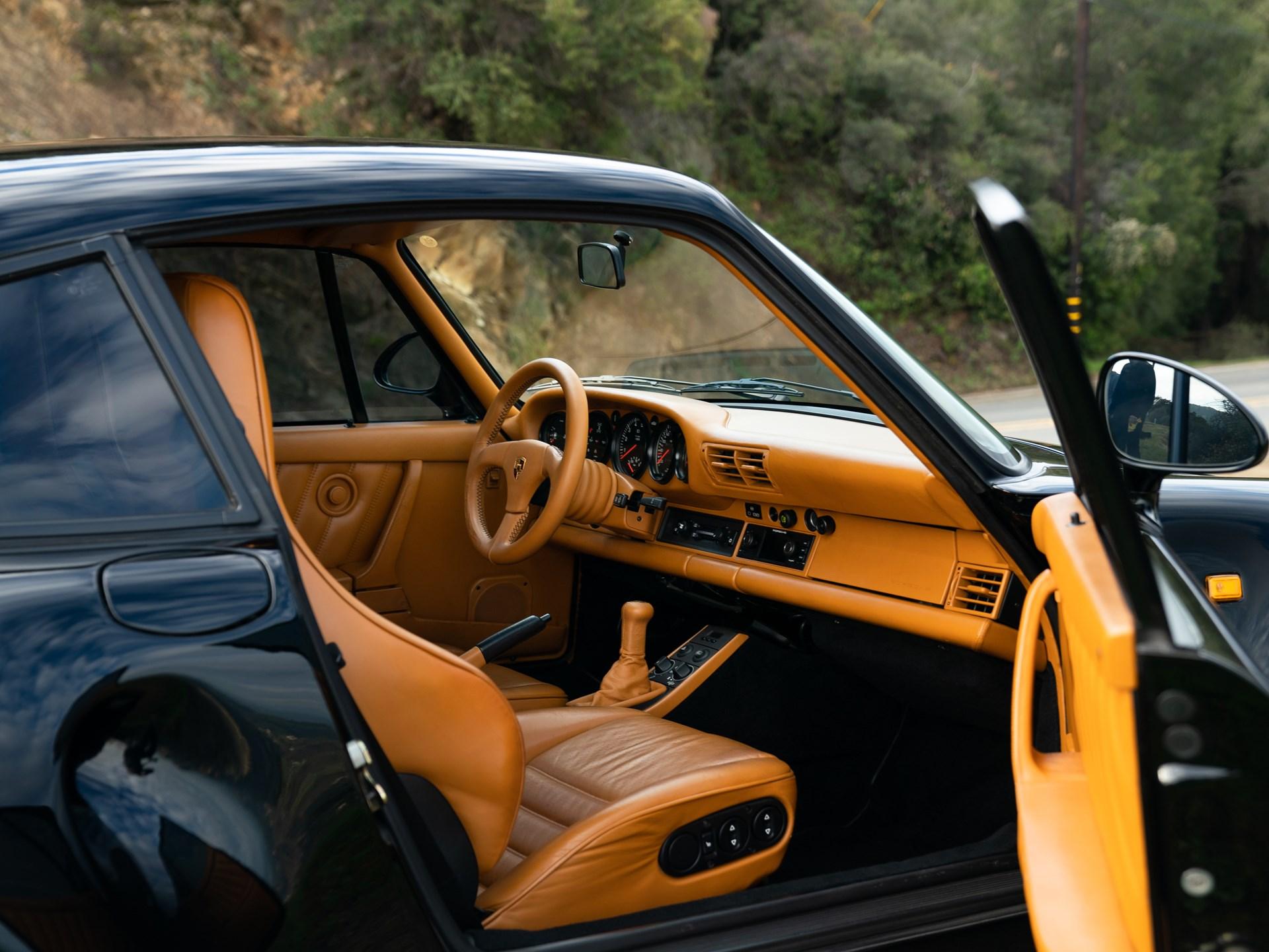 1988 Porsche 959 Komfort passenger interior