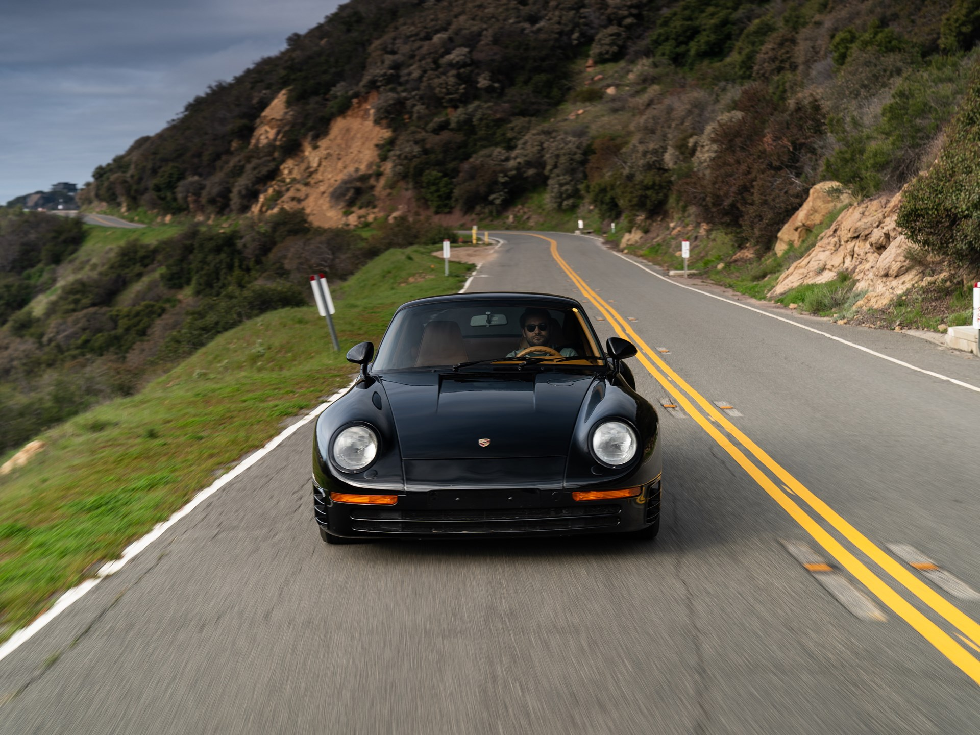 1988 Porsche 959 Komfort front on road