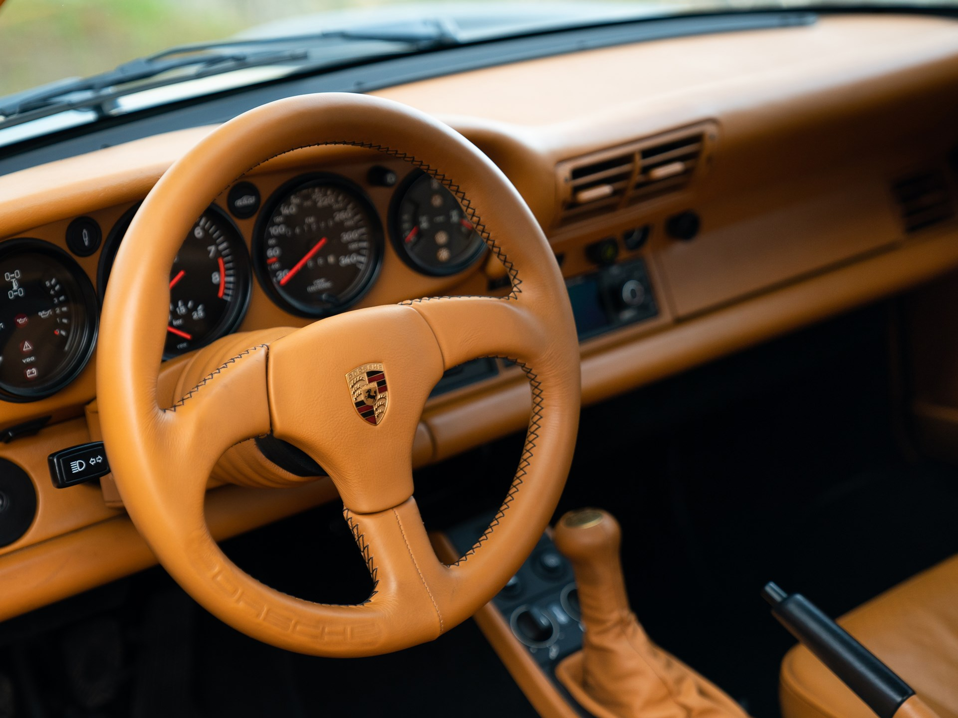 1988 Porsche 959 Komfort steering wheel