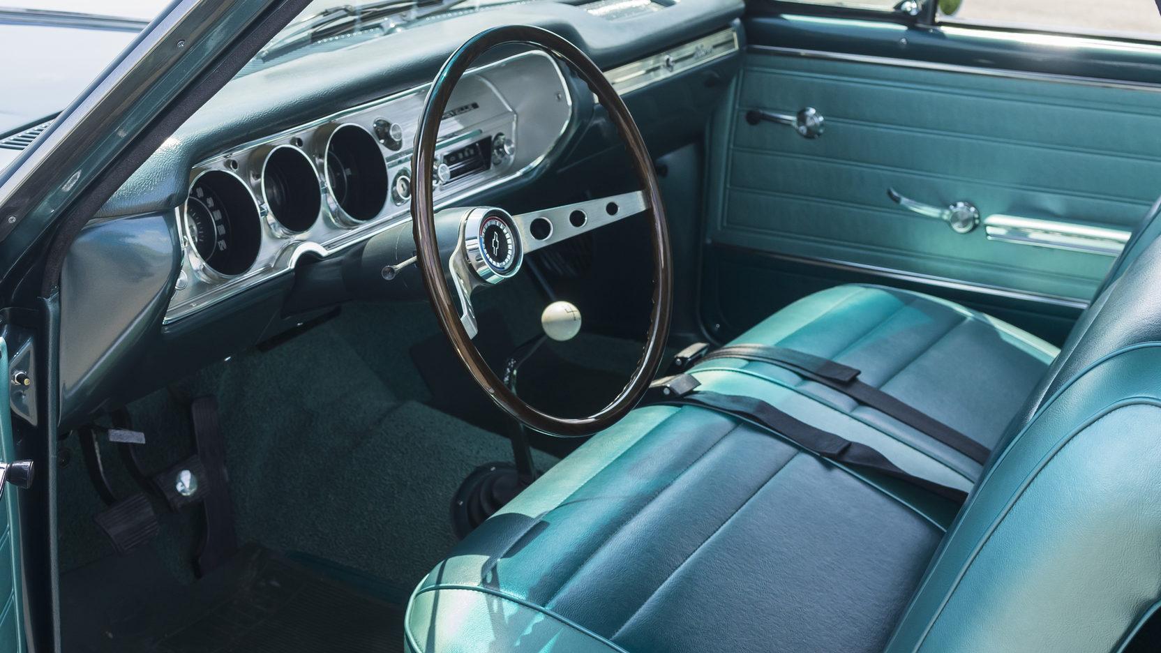 1965 Chevrolet El Camino interior