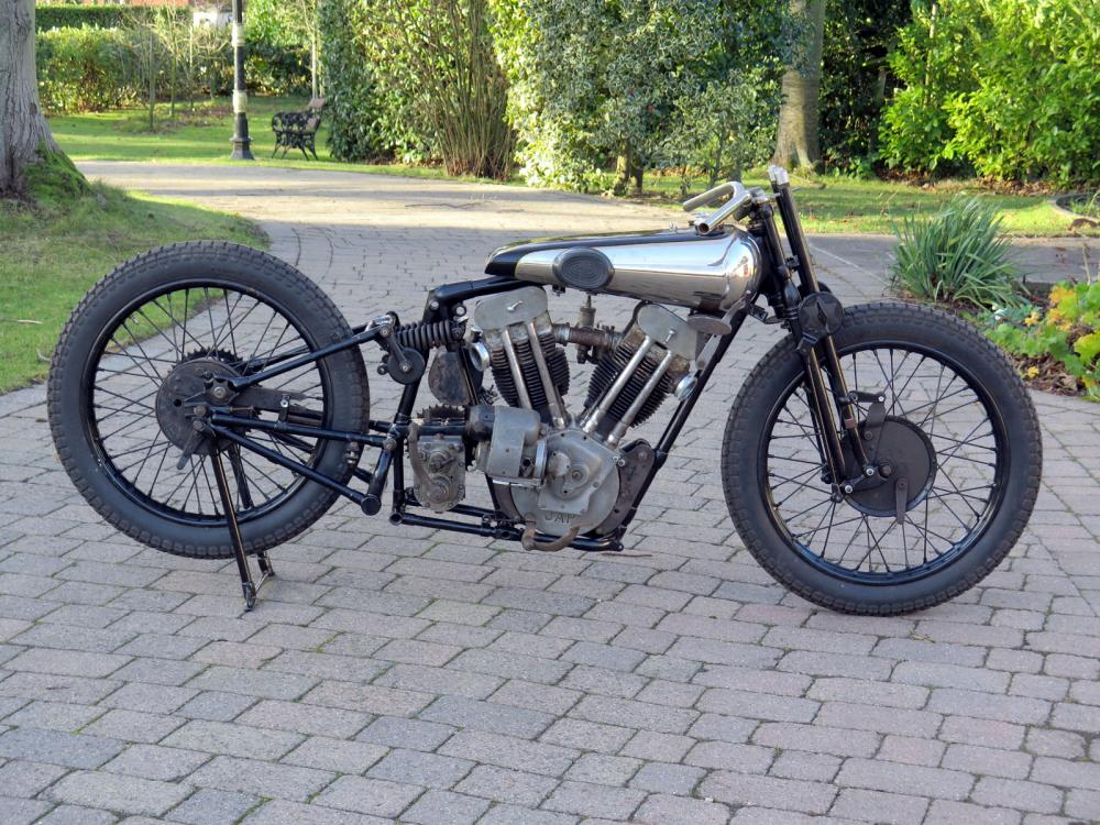 1930 Brough Superior SS100 right side