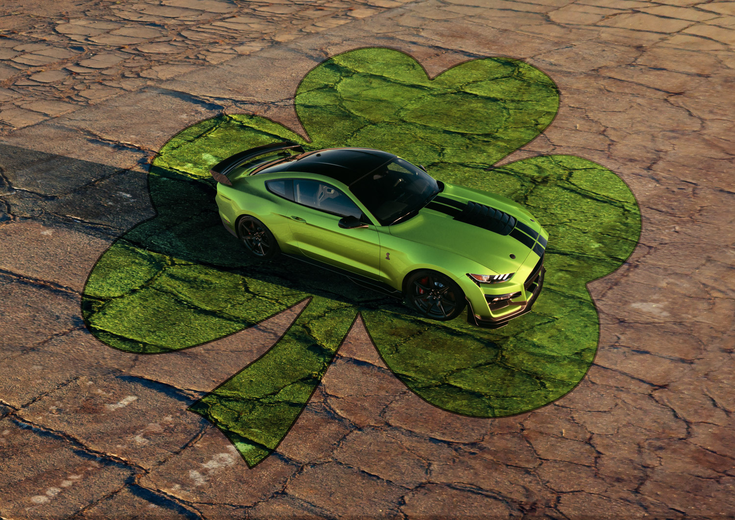2020 Mustang GT500 in Grabber Lime with clover