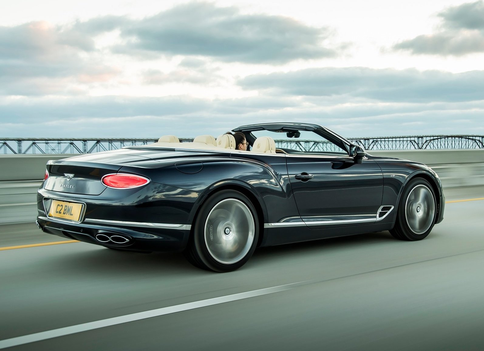2020 Bentley Continental GT V8 3/4 rear bridge convertible