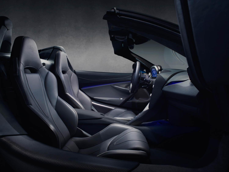 McLaren 720S Spider interior