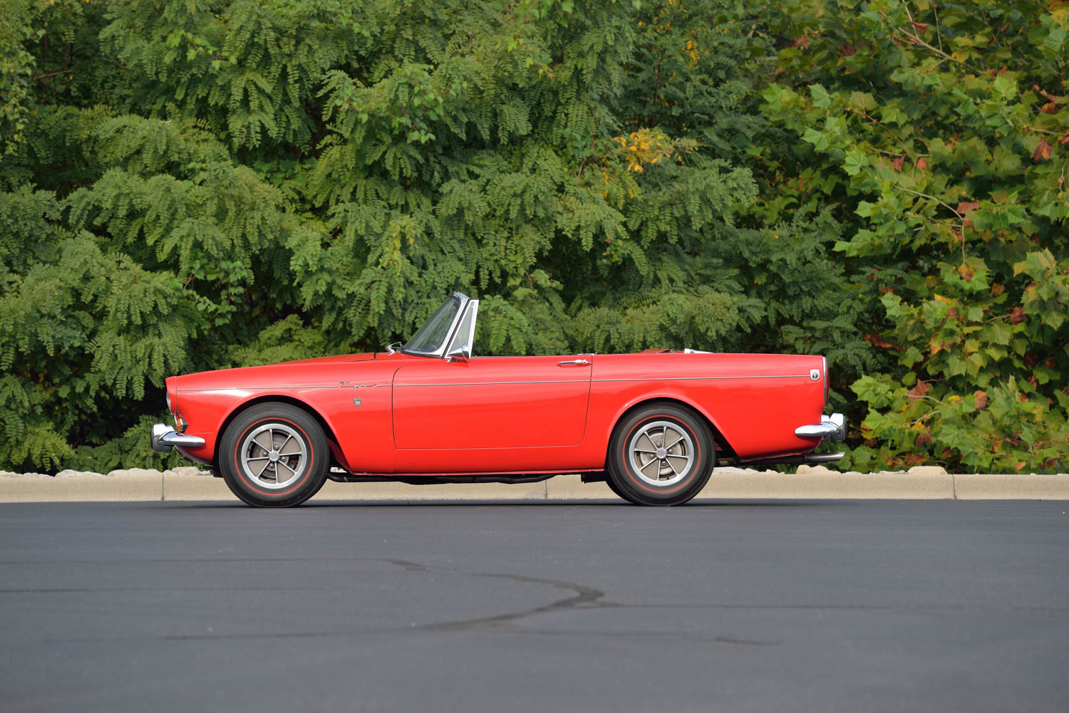 1965 Sunbeam Tiger MKI side