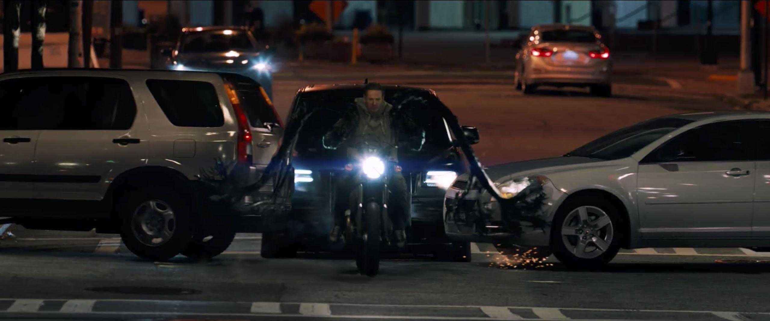 venom bike chase push cars