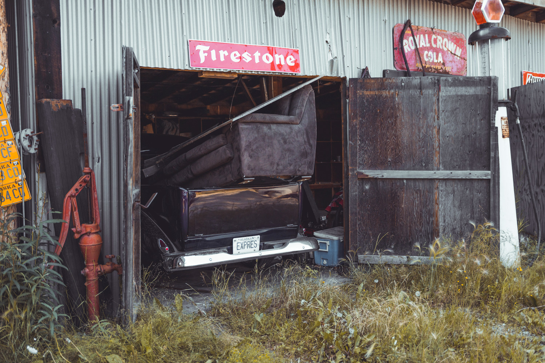 Barn Find Hunter Alaska old barn couch in pickup bed