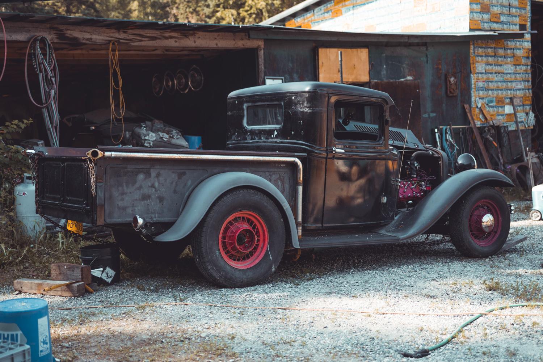 Barn Find Hunter Alaska 3/4 rear hot rod pickup