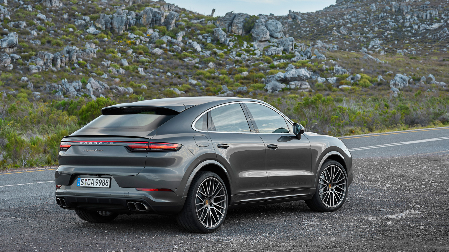 Porsche Cayenne Coupé 3/4 rear rocks
