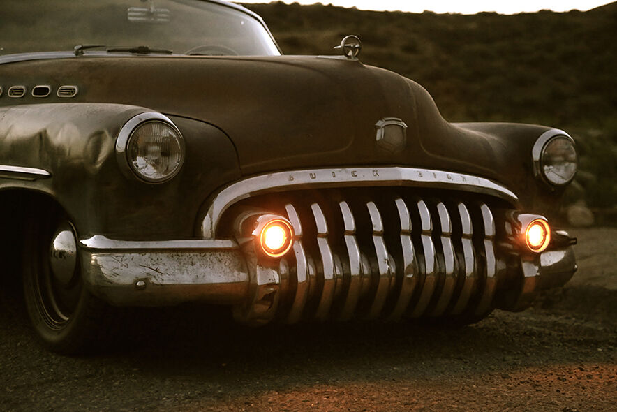 1950 Buick Roadmaster ICON Derelict front end detail