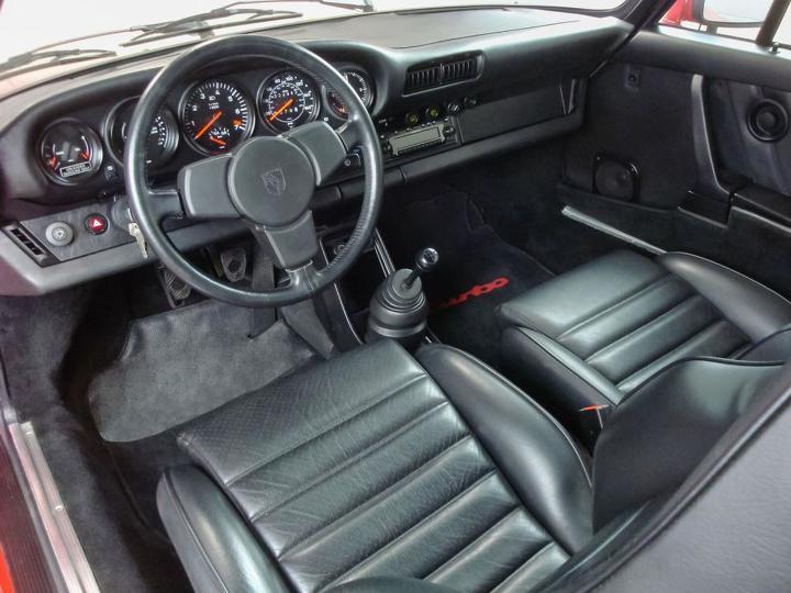 1984 Porsche 911 Turbo Slantnose interior